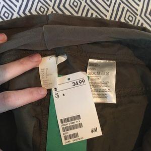 H&M Pants - Olive green maternity joggers